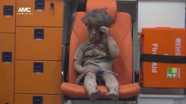 amc-20160817-syria-boy-trauma-aleppo-airstrike